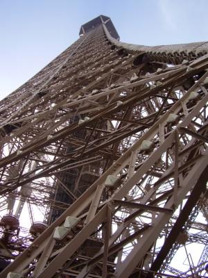 Sara Naumann blog photo Eiffel Tower