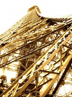 Sara Naumann blog Eiffel Tower 2 photo