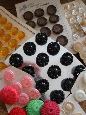 Sara Naumann blog post bright buttons