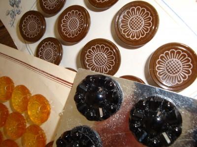 Sara Naumann blog Amsterdam flea market vintage buttons