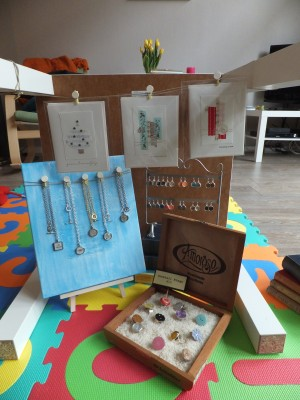 Sara Naumann blog The New Label Project table display