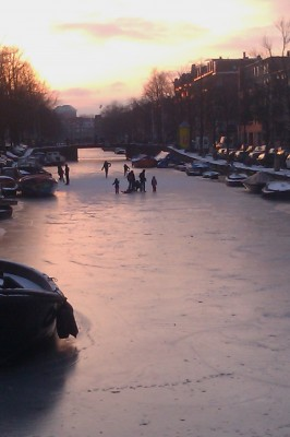 Sara Naumann blog frozen canal skating