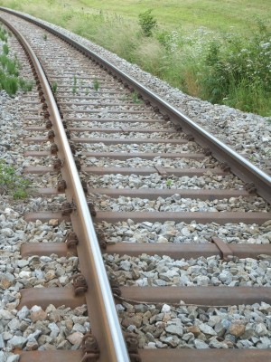 Sara Naumann blog railroad path