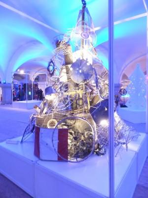 Sara Naumann blog Photo Friday Christmas tree