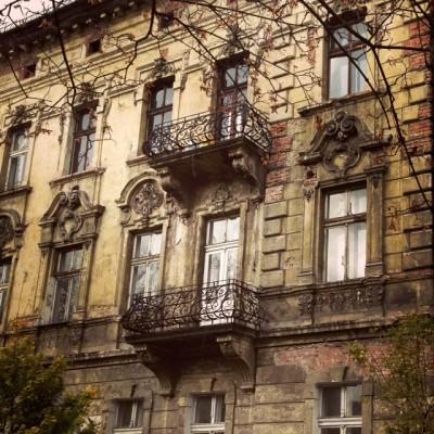 Sara Naumann blog Krakow facade