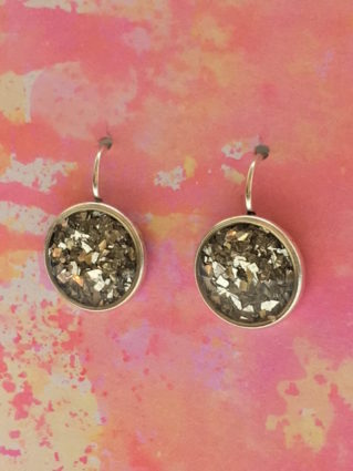 Easiest earrings ever with ICE Resin